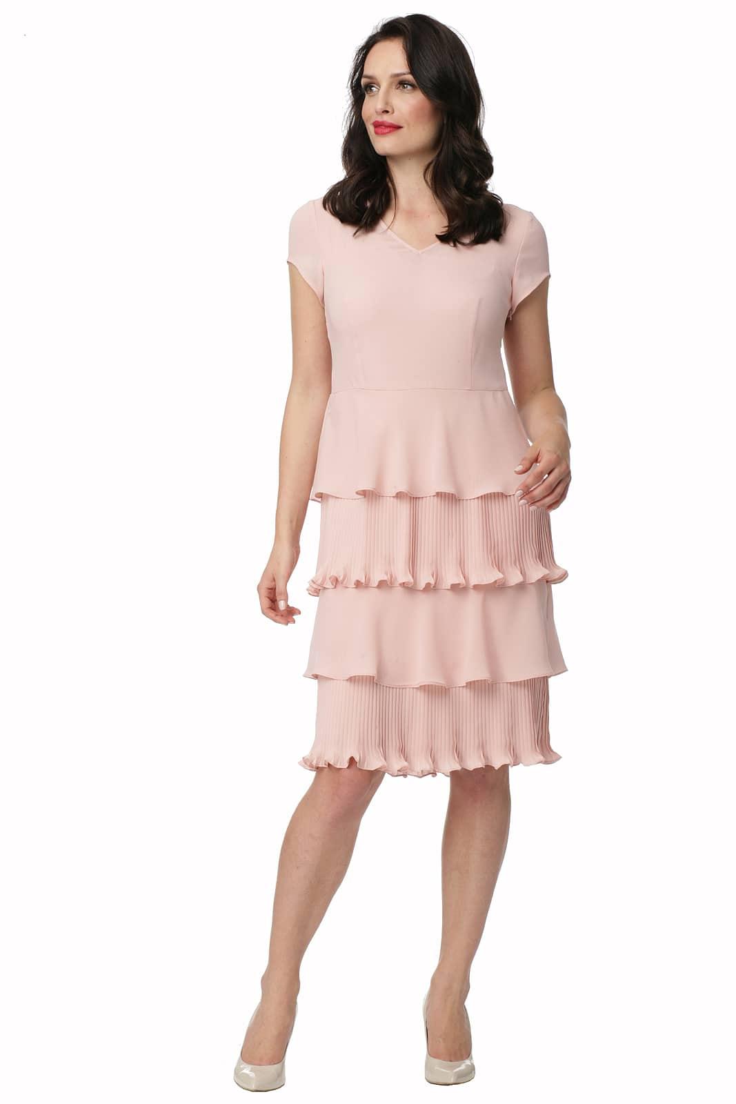 dbfe12f7ea Jasnoróżowa sukienka z plisowaniem Milena - Modesta - ponad 30 lat ...